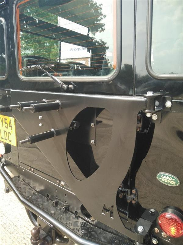 CANCELLO PORTARUOTA TERRAFIRMA PER DEFENDER HARD TOP  - Picture N.1